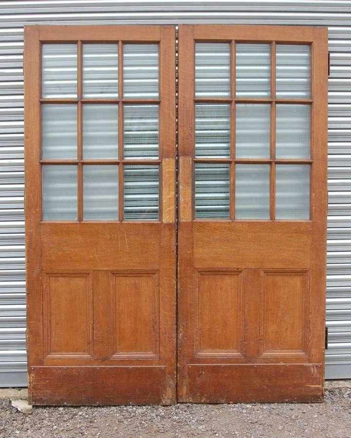 DP0331 A LARGE PAIR OF RECLAIMED OAK EXTERNAL / INTERNAL GLAZED DOORS
