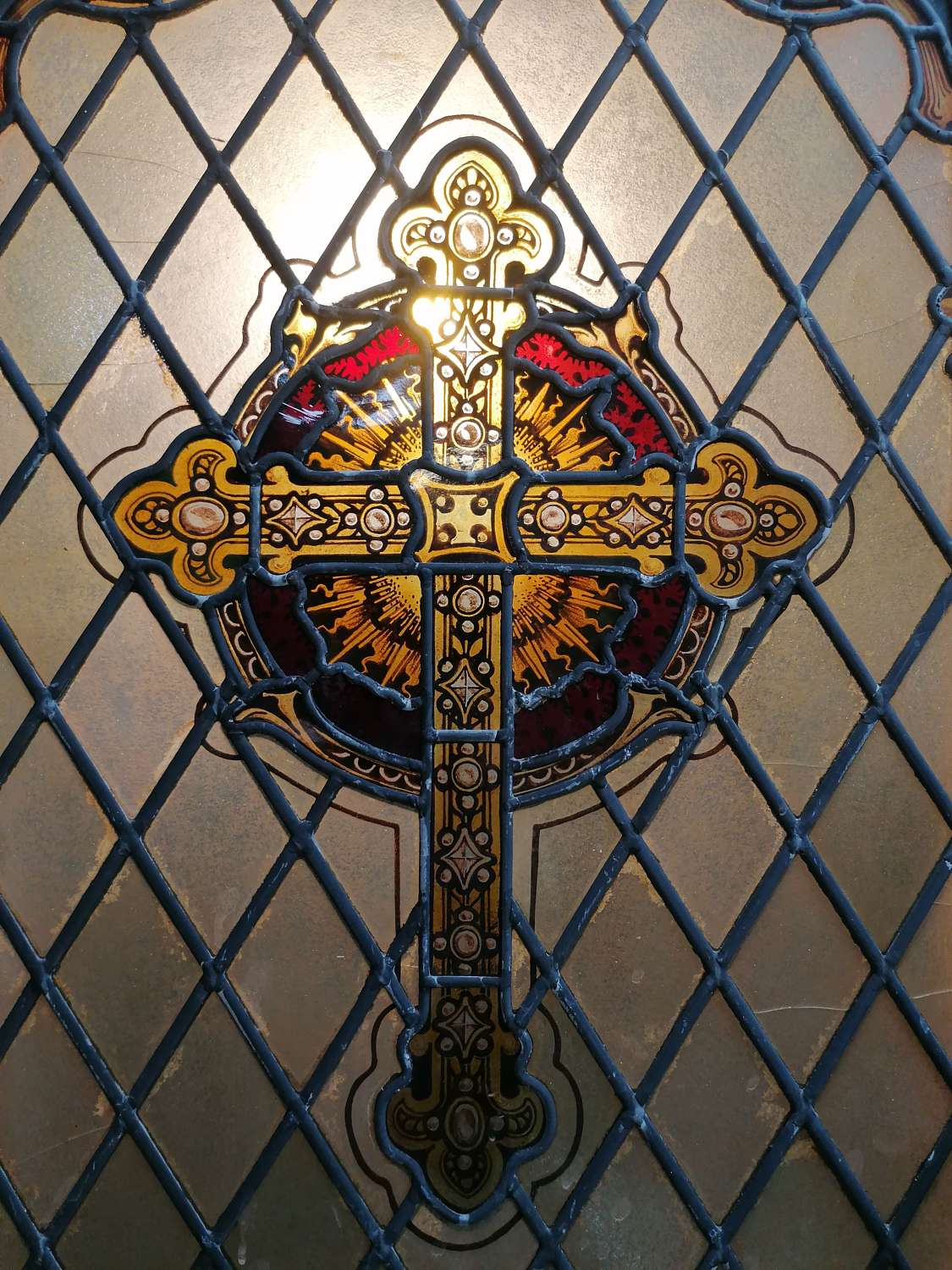 M1534 A STUNNING ANTIQUE VICTORIAN EX-CHURCH STAINED GLASS WINDOW